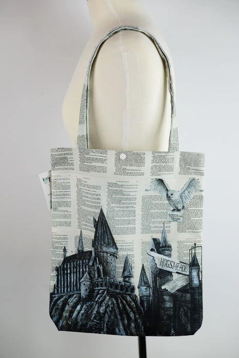 592cfbba2a1 Tote Bag of Hedwig and Hogwarts
