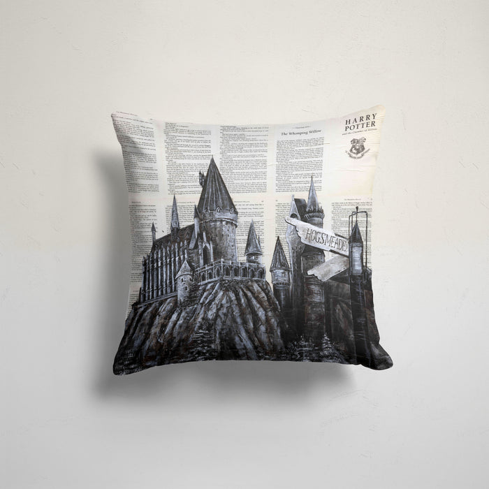 Pillow Case of Hogwarts on Harry Potter Book Pages