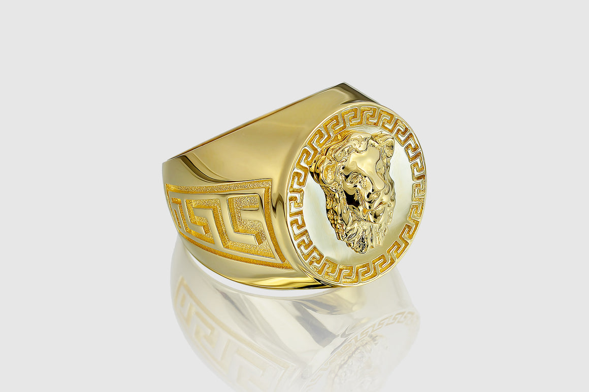 Versace Lion Ring Yellow Gold