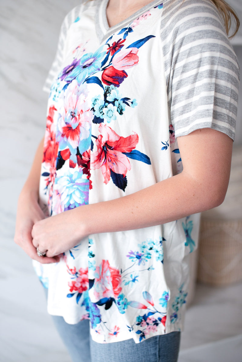 The Olivia Floral Top - PLUS SIZE
