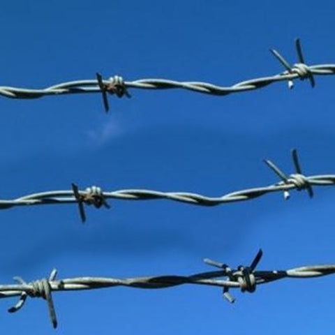 Oxidation Resistant Galvanized Barbed Wire Easy Assembled Long Use Life