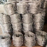 Stainless Steel Barbed Wire Fence Simple Structure Oxidation Resistant