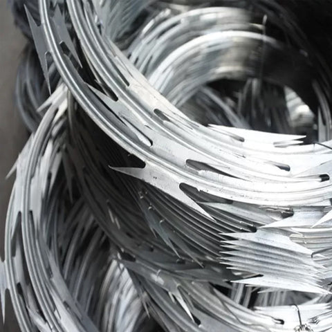 Anti Rust Concertina Wire Fence Hot Dipped Galvanized Surface Treatment