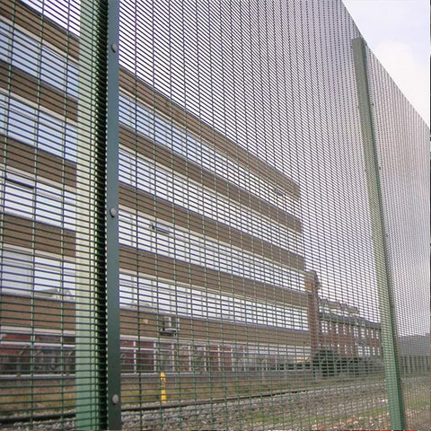 358 High Security Prison Mesh Fencing Marine Grade Customized Curves