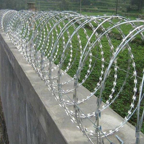 304 Stainless Steel Razor Wire , Hot Dipped Galvanized Concertina Coil Wire