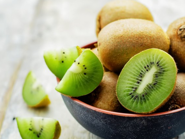 Discover 5 Incredible Benefits of Kiwi Fruit For Your Health & Skin