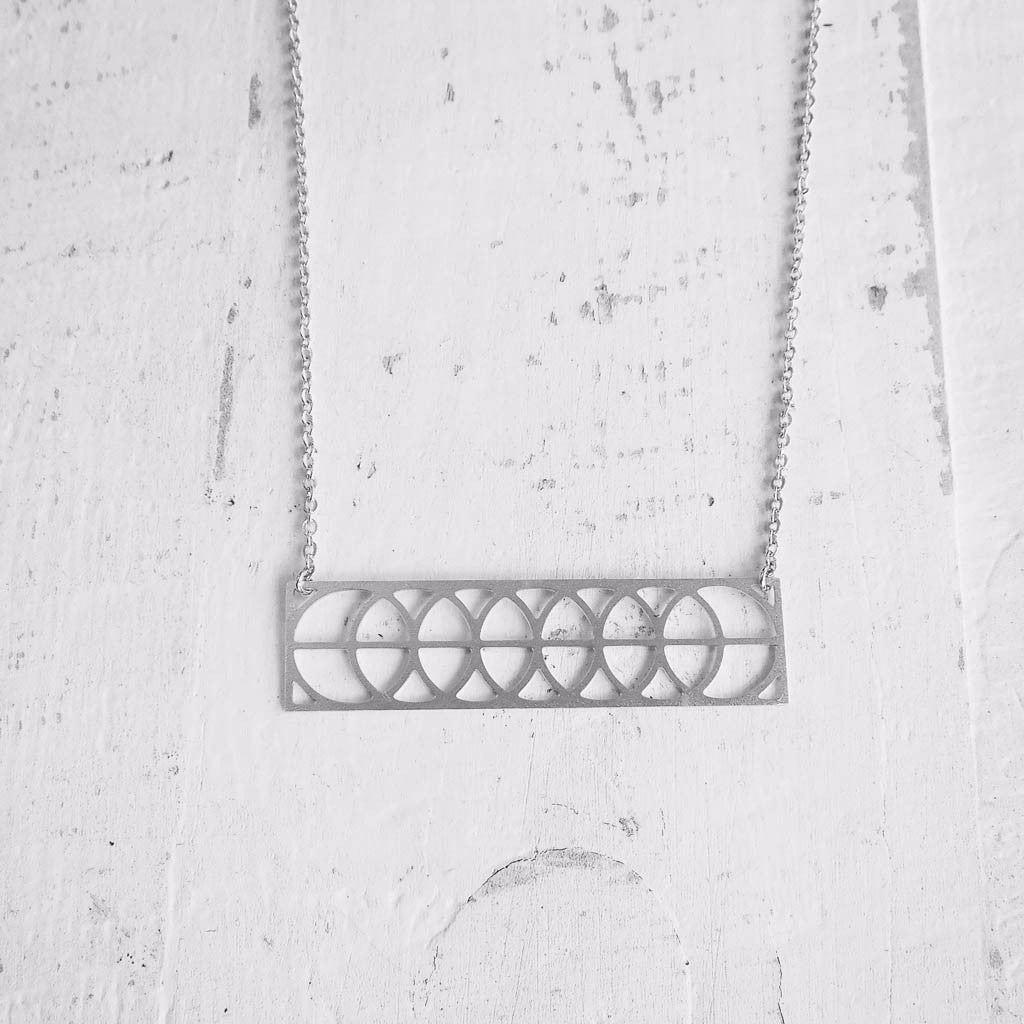 Rectengular Circles Necklace