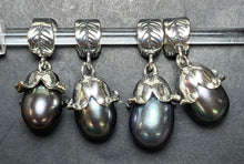 Load image into Gallery viewer, 7-2 Palace of Amber - Black Pearl Dangle 2