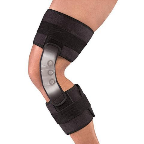 MuellerHinged 2100 Knee Brace in use