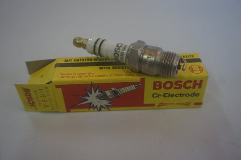 Bosch HR8A Spark Plugs - Pack of 8 - NOS