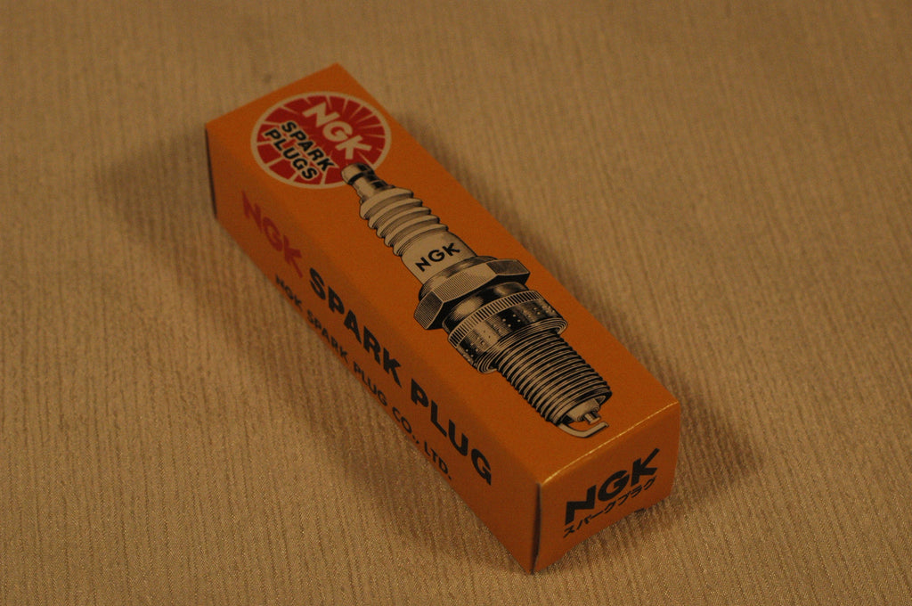 NGK B5ES spark plug (Quantity 1) stock # 6410 Spark Plugs part from MarineSurplus.com