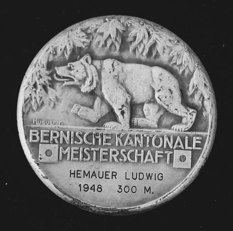 "1948 Suisse Confederacy Bern Bienne Silver Shooting Medal ""The Swiss Sharpshooter & Bern Bear"". High Relief, Original Great Condition, Lovely Toned - Very Large 50 mm, 52.6 Grs. Catalogue: Richter 308a, Mintage < 200 Only, Rare! Beautiful Old Artwork!"