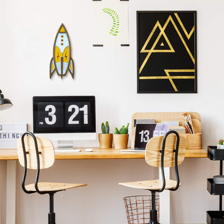 Rocket wall decor - Umasqu