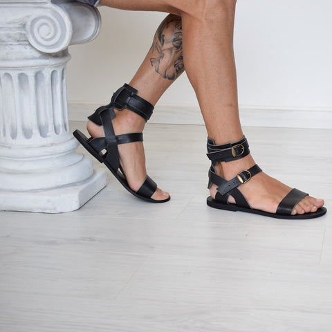 Ianthe Women Sandals