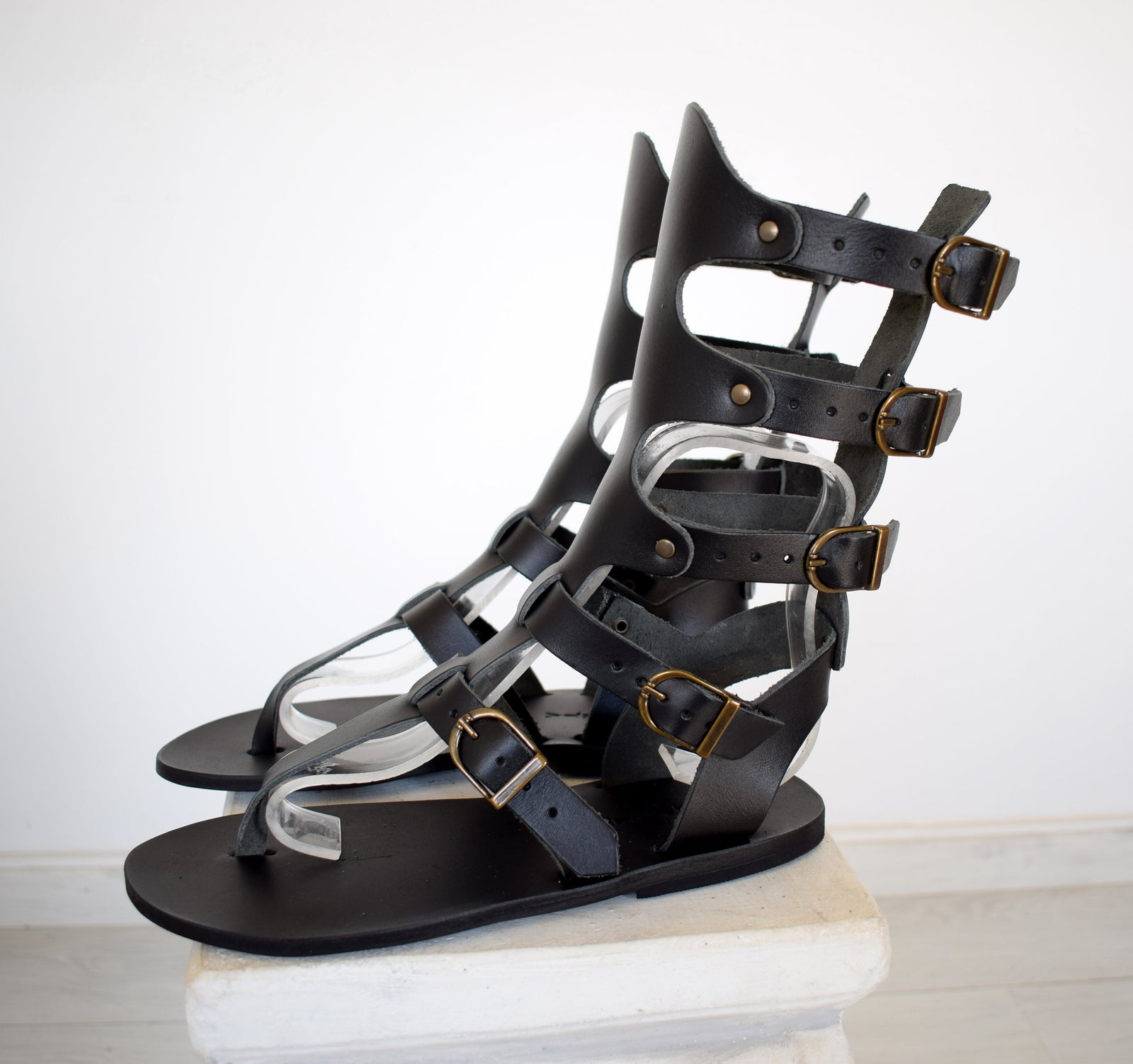 Gladiator Men Sandals, Handmade Leather Black Sandals, Genuine Leather sandals, Movie and Theater gladiator sandals, Sandals for Party