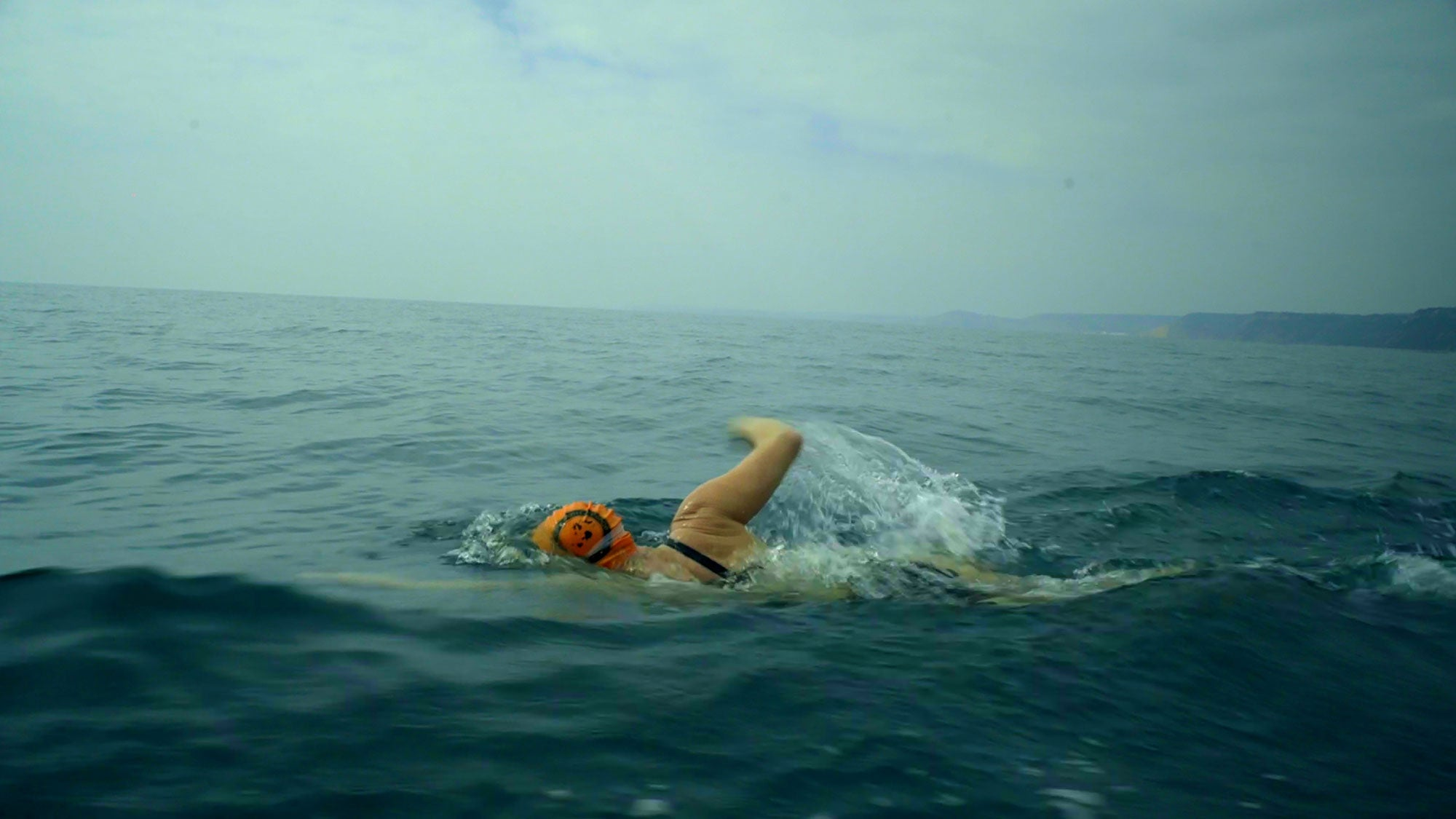 Beth French Swimming powerfully in open waters on the Oceans 7 challenge