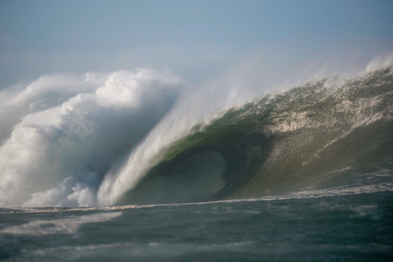 A monstrous mutant wave breaking at Mullaghmore during storm Epsilon