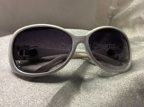 DEMI White 2 Button Fashion Snap Sun Glasses