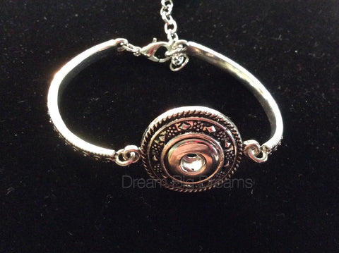 Drenise 12mm  One Chunk Round Face Snap Bracelet
