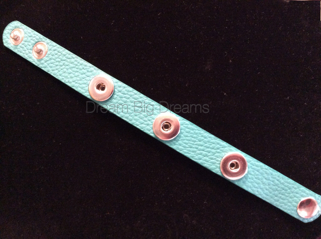 Lagoon Green 12mm Three Chunk Real Leather Snap Bracelet