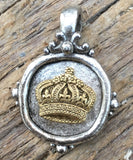 Beaucoup Crown Charm