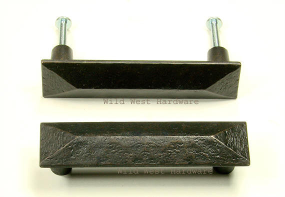 Pyramid Rectangular Pull for cabinets or drawers