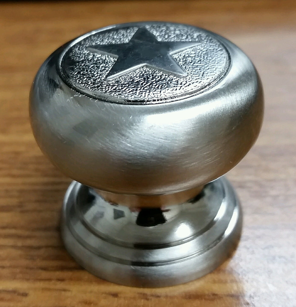 (Set of 10) Western Style Star Knobs, Satin Nickel Finish