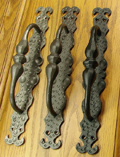 The Tivoli Door Pull - Wild West Hardware