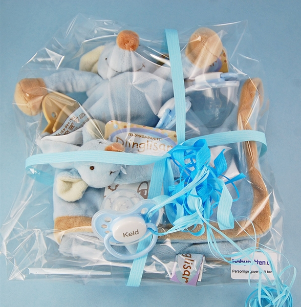 PERSONAL GIFT PACKAGE 6 BOY: 1 NUSSEKLUD MOUSE, 1 SUTTEKÆDE MOUSE, 3 LIGHT BLUE NIP SUTTER WITH NAME - PetitePeople