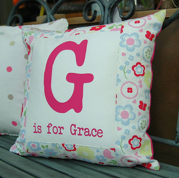 Flower cushion with first letter - PetitePeople