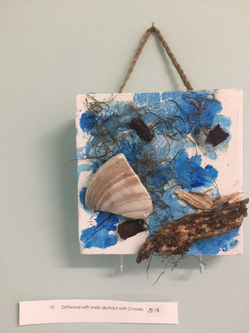 Driftwood w/Shells Abstract w/2 Hooks