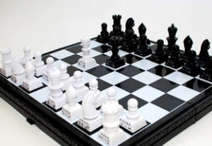 PLAYWELL - THE RIGHT MOVES SELF-TEACHING CHESS SET