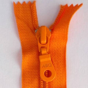 "Bag Zipper in Persimmon, Zipper, Among Brenda's Quilts, 14"" - Mad About Patchwork"