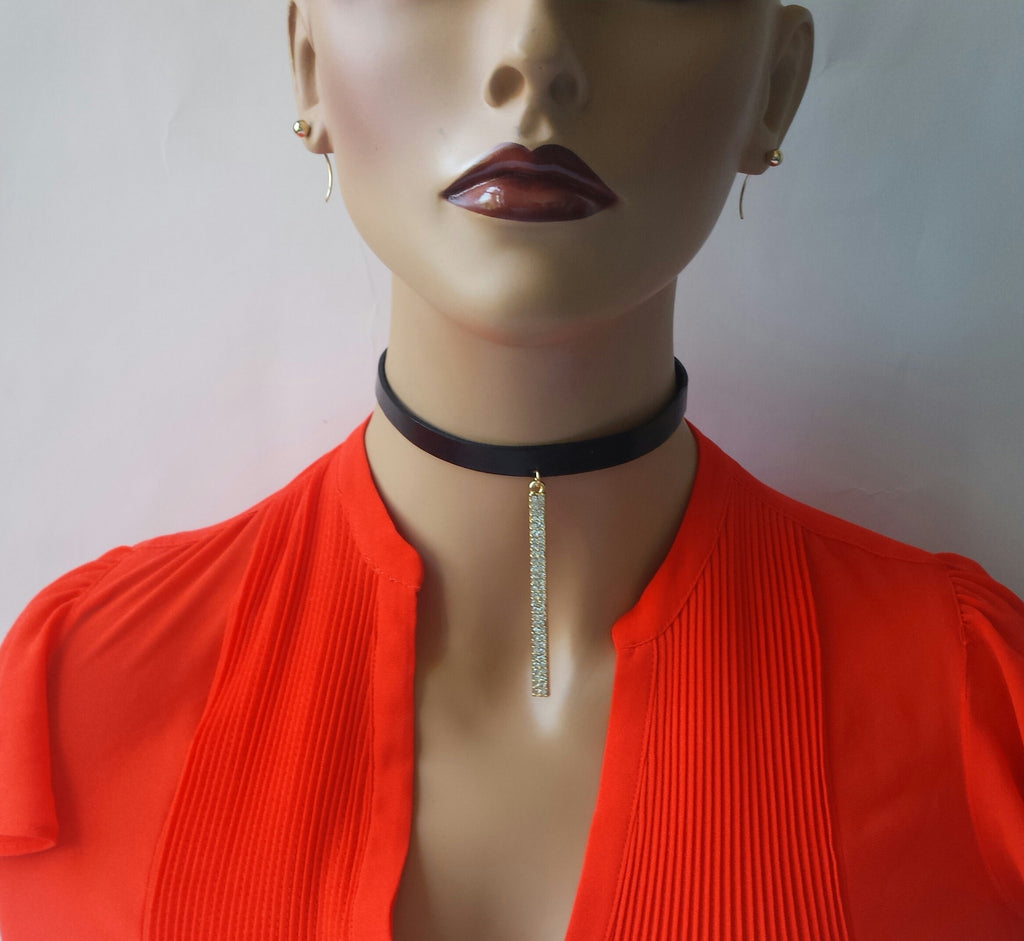 Choker with Rhinestones Bar