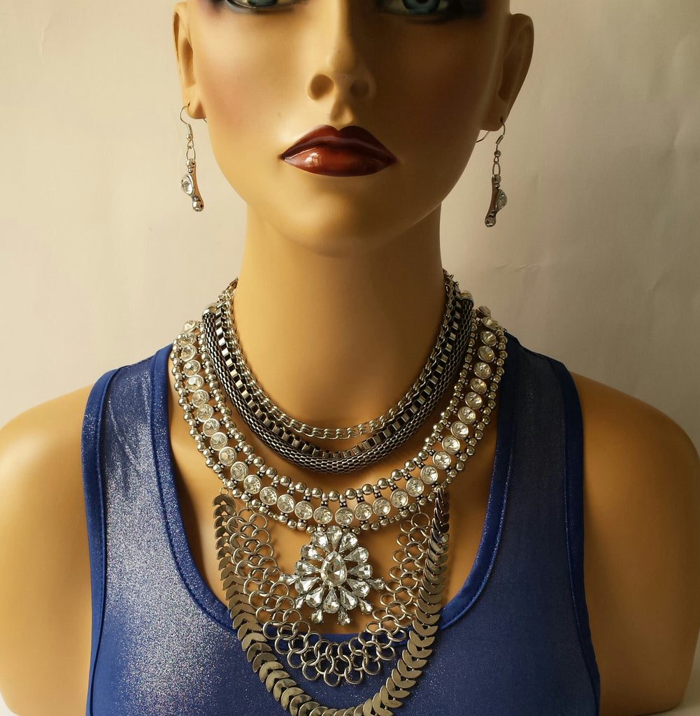 Statement Necklace in Silver