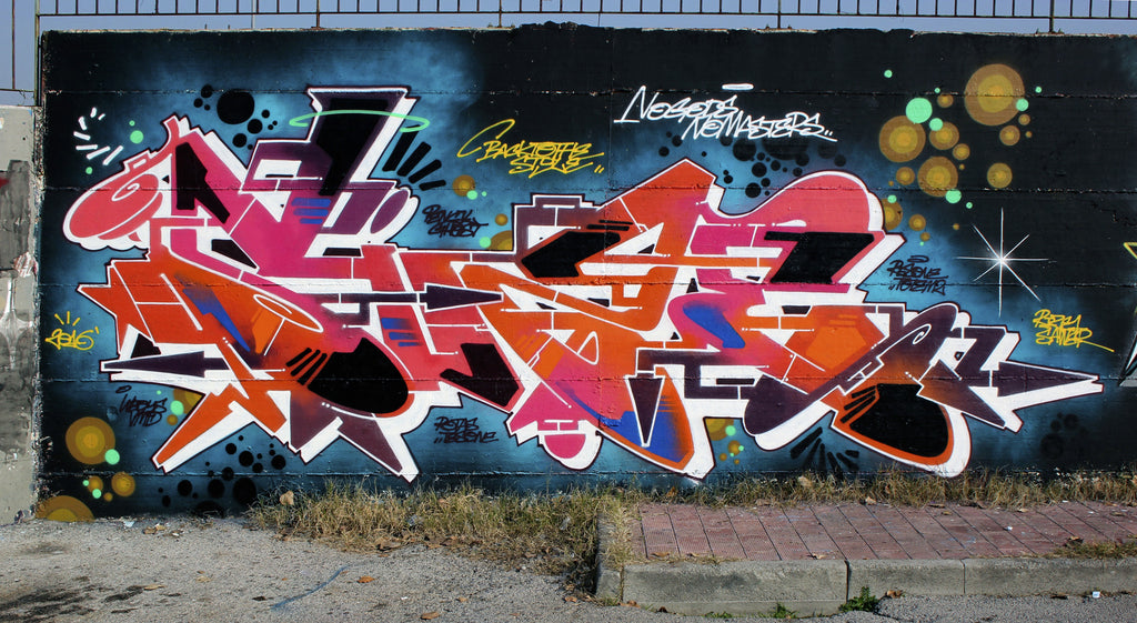 graffiti wall zeus40 piece street art
