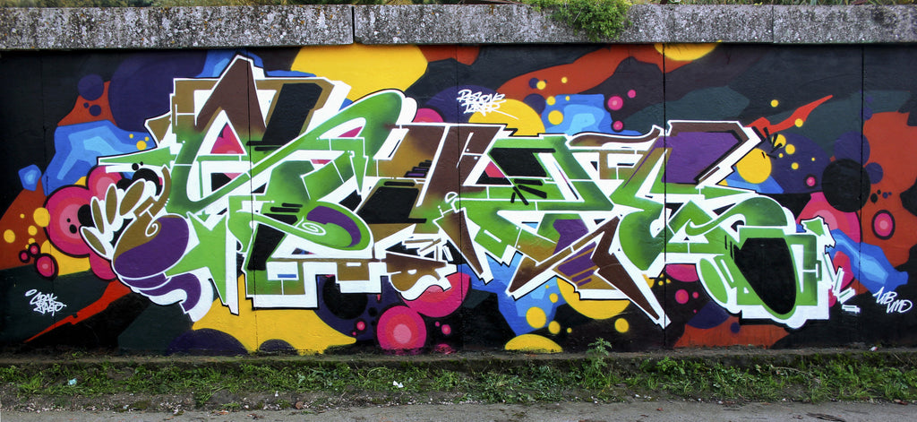 colors wall graff piece bandit of the day zeus 40 forty