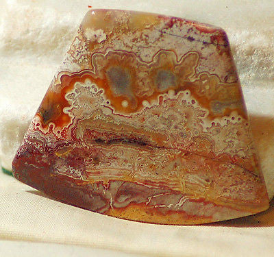 Red Crazy Lace Agate Cabochon 148 carats - radiantrocksct