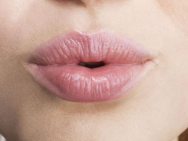 HI-TIPS: How to Care for Chapped Lips 👄