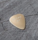 playable brass pick for mom