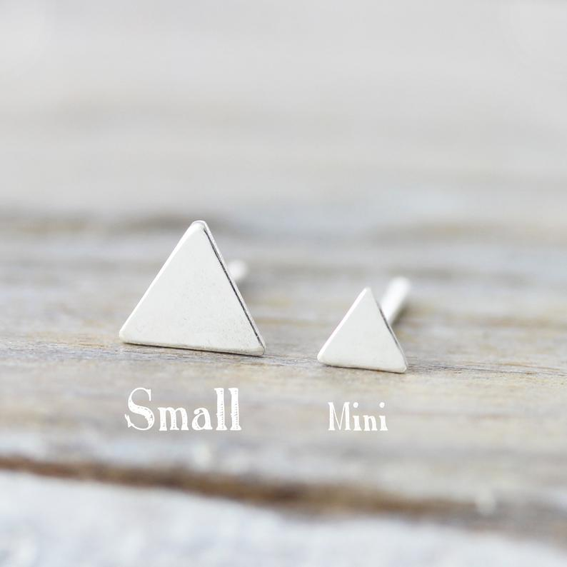 Boucles d'oreilles mini triangles