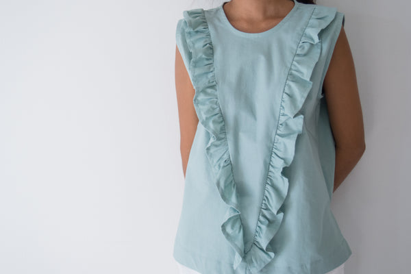 Triangle Frill Front Top
