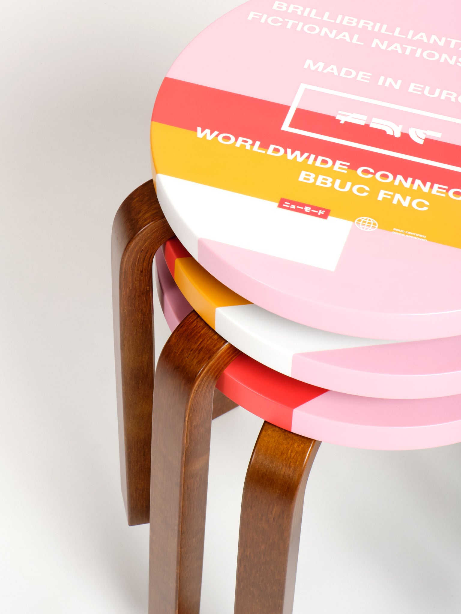 LTD ED FNC Artek Stool 60, Rose 01