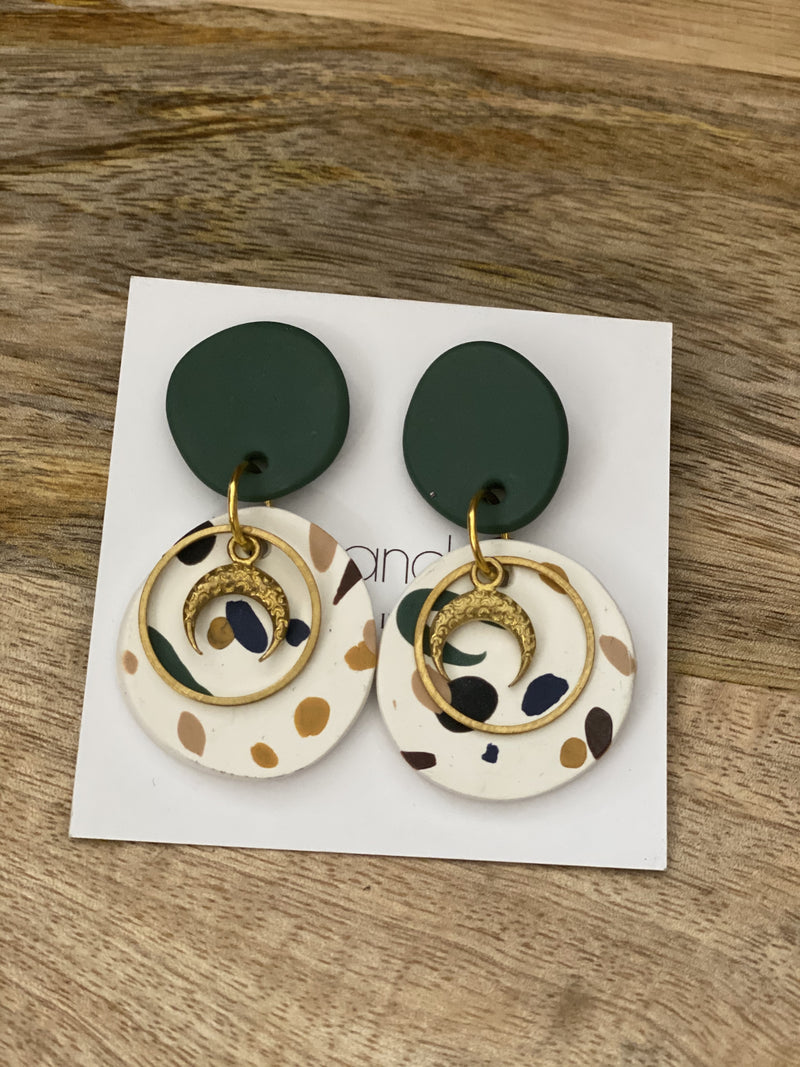 Blue & Co drop earrings green, white and gold moon