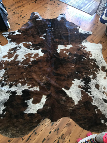 Natural Cowhide Rug 4.40m