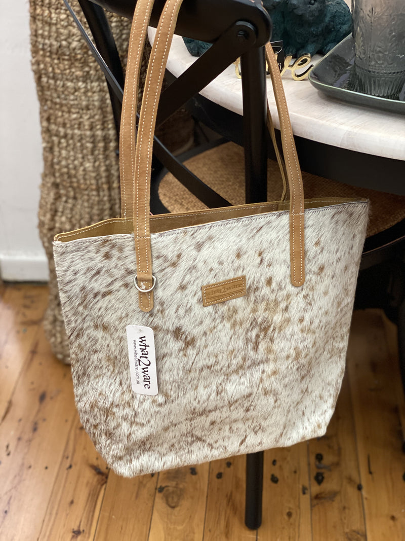 Hide Tote 3/4 white and tan
