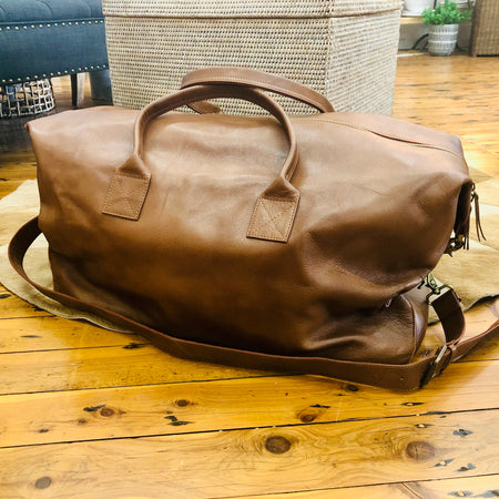 Leather overnight luggage bag