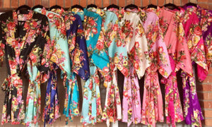 Bridesmaid Robes,Floral Robes,  plain Floral Robes, Monogrammed Robes, Bridal Party Robes, Robes with titles, Bridal Robes, satin floral