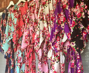 Floral cotton Robes, Bridesmaid Robes, Custom Floral Robes, Monogrammed Robes, Bridal Party Robes, Robes with titles, Bridal Robes, cotton