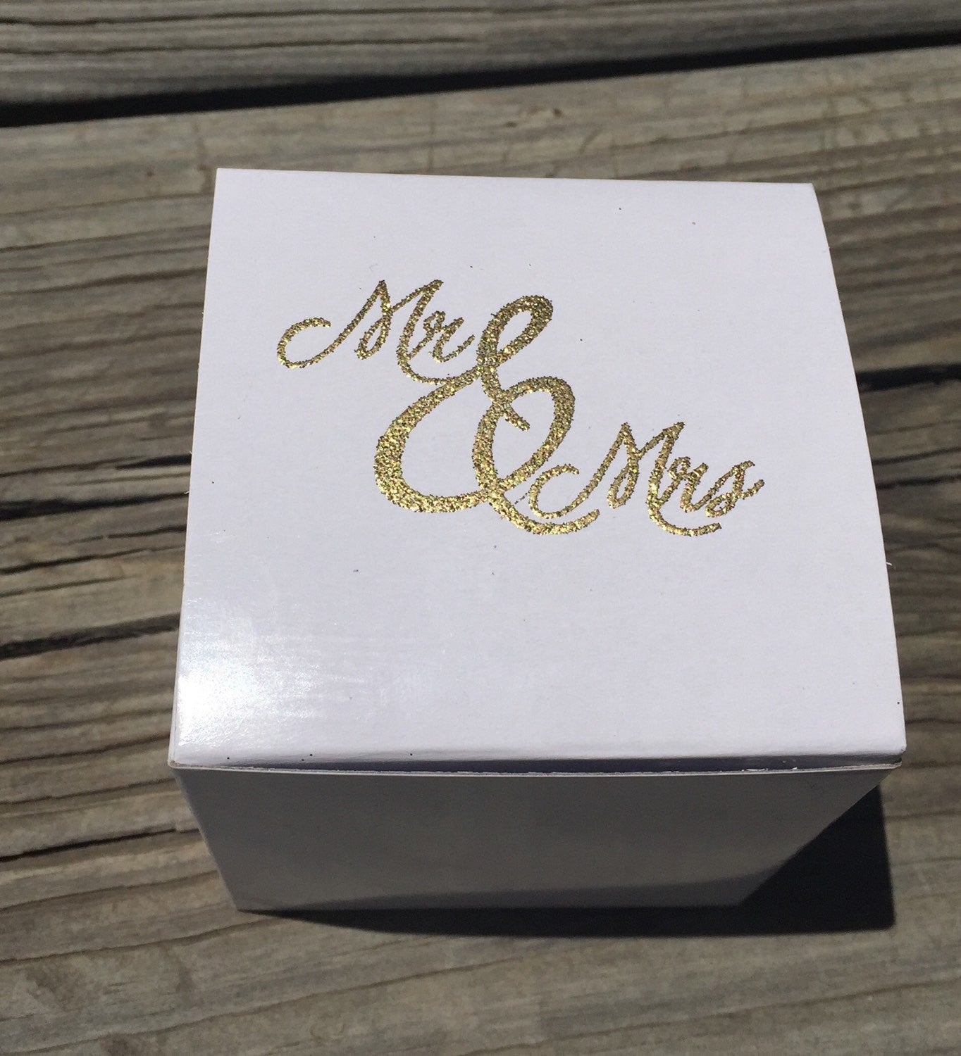 10 gold embossed cupcake boxes, Mr. & Mrs. Cupcake box, wedding favor box, gold and white favor box